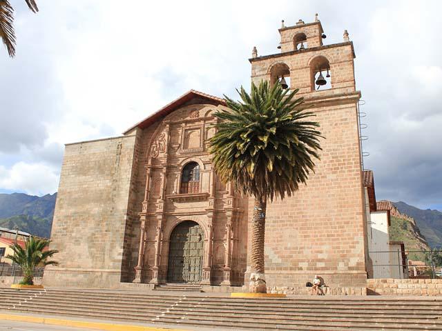 Iglesia principal de Urubamba