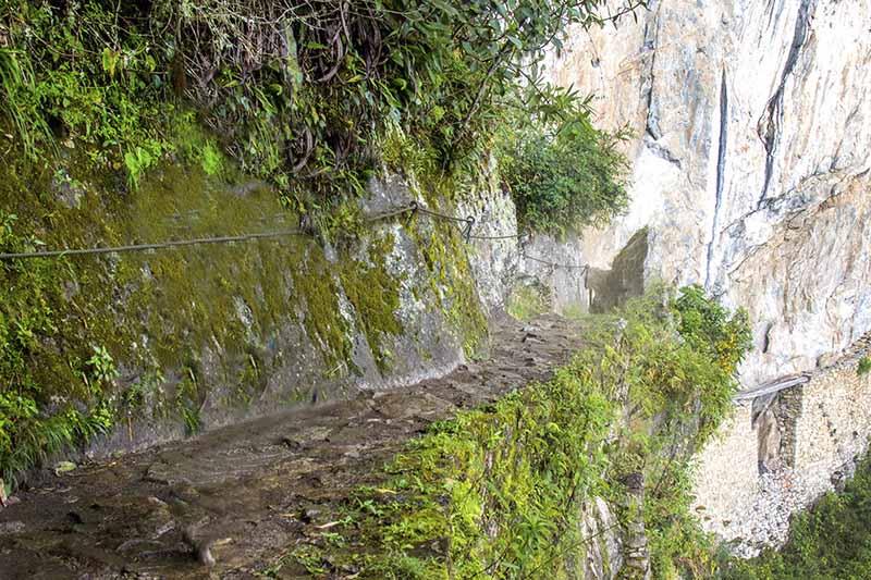 Caminata Puente Inca