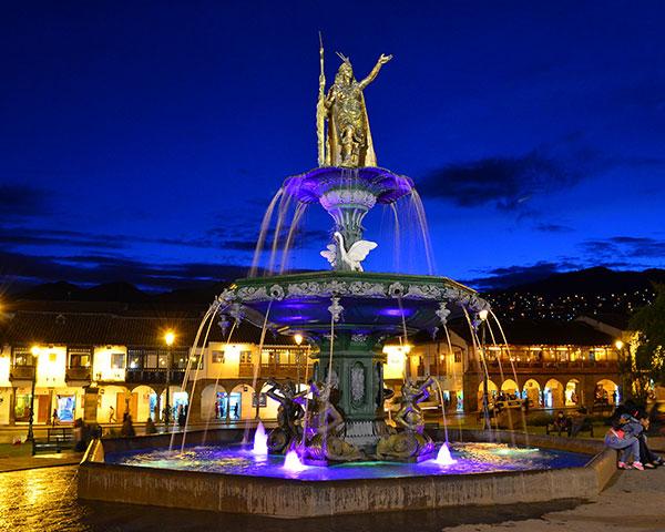 Pileta Plaza de Armas Cusco