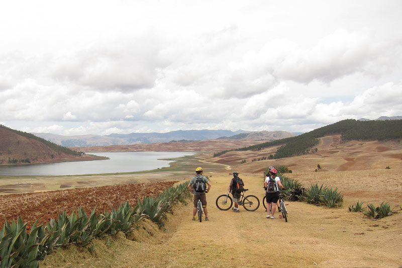 Cycling in the Sacred Valley of the Incas
