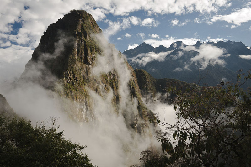 View of the mountain huayna picchu