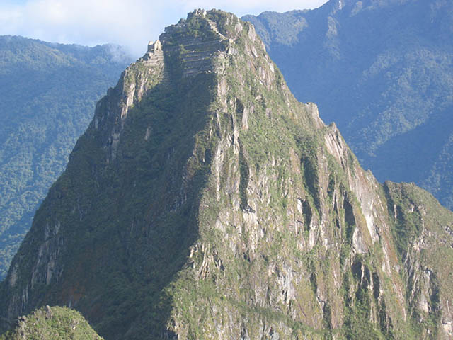Huayna Picchu al amanecer