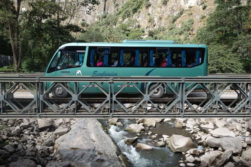 Bus nach Machu Picchu