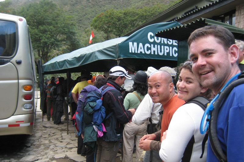 Parada de ônibus em Machu Picchu