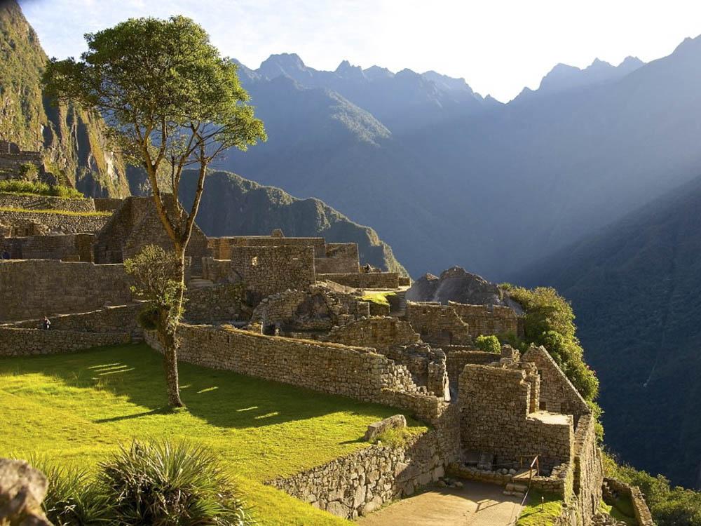 Machu Picchu al amanecer