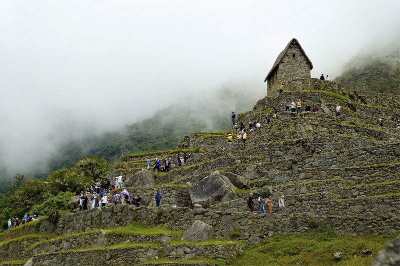 Machu Picchu amanecer temporada alta