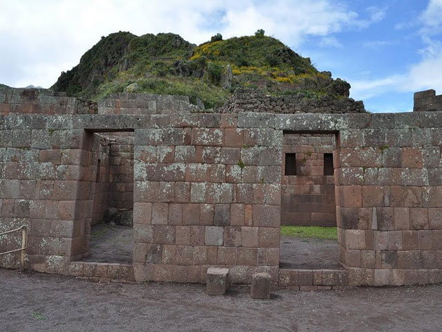 Incas enclosure doors - Pisac