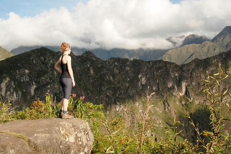 senderismo y ascenso de montañas en machu picchu