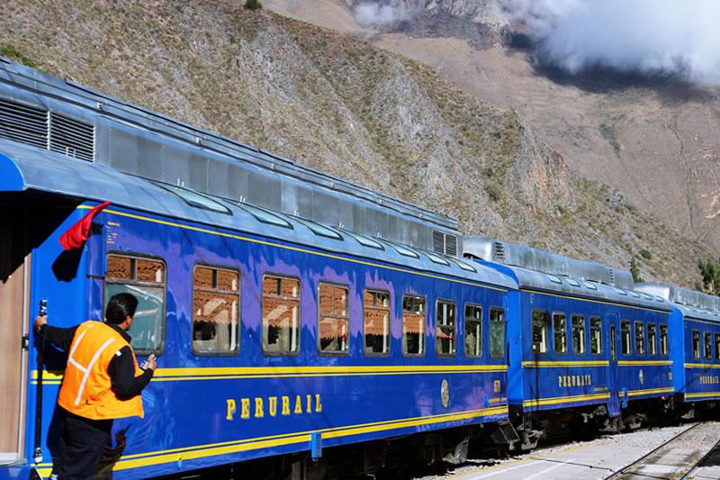 servicio de tren a Machu Picchu