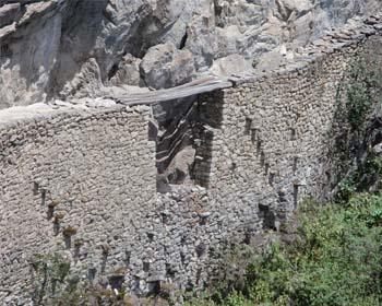 El Puente Inca en Machu Picchu