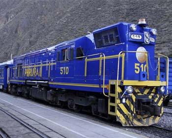 ¿Cómo viajar en el tren local a Machu Picchu?