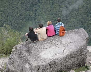 ¿Puedo escalar la montaña Huayna Picchu?