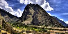 Bus a Ollantaytambo y tren a Machu Picchu en un solo servicio