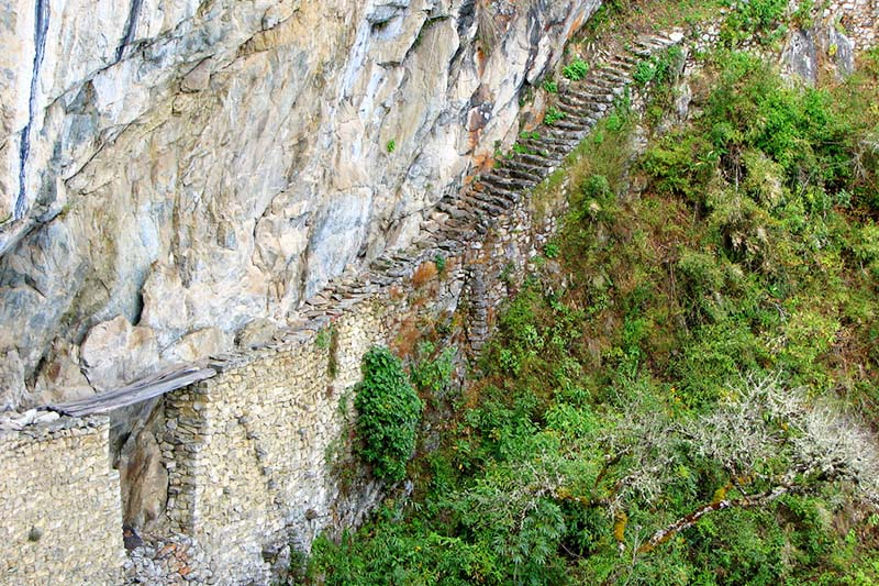 Panoramic view of the Inca Bridge in Machu Picchu