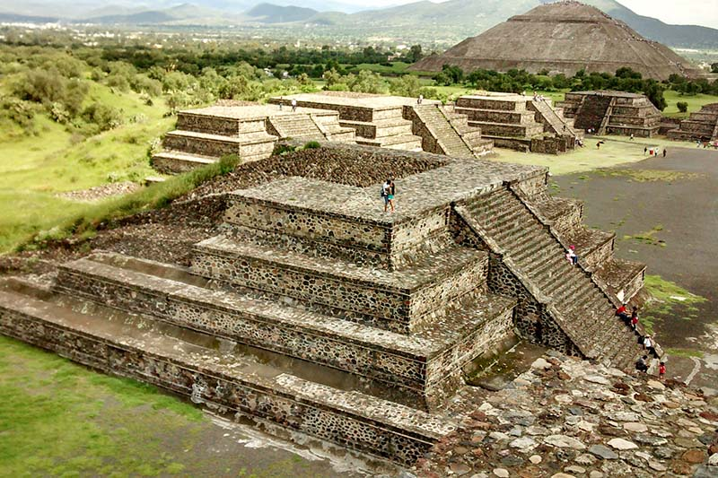 Vista panorámica de las pirámides de Teotihuacán
