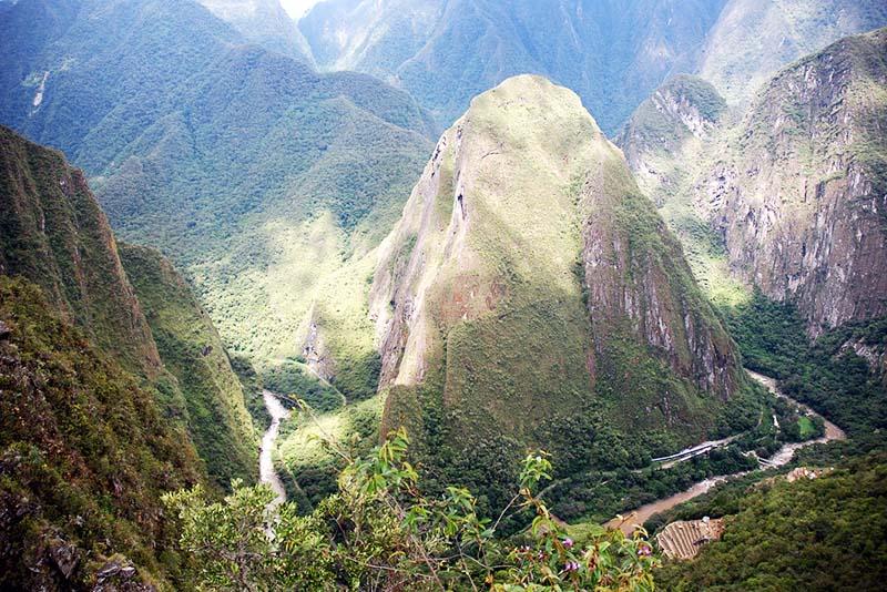 Mountain Putucusi or merry mountain