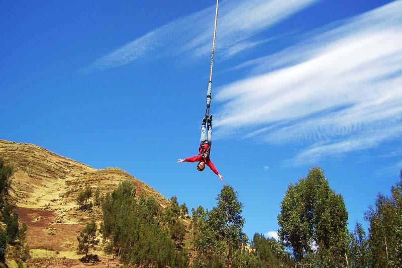 Salto bungee en el Valle Sagrado