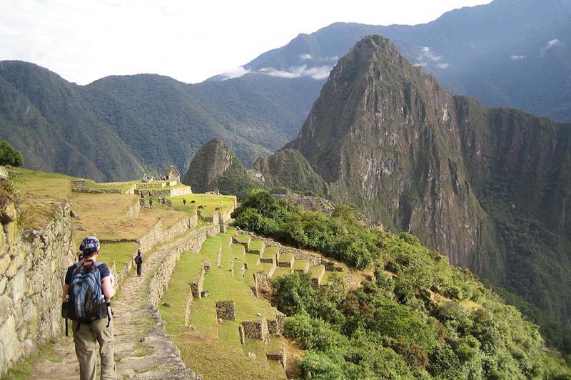 ingresando a Machu Picchu atravez del Camino Inca