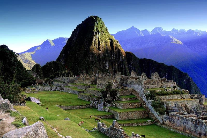 Huayna Picchu amanecer