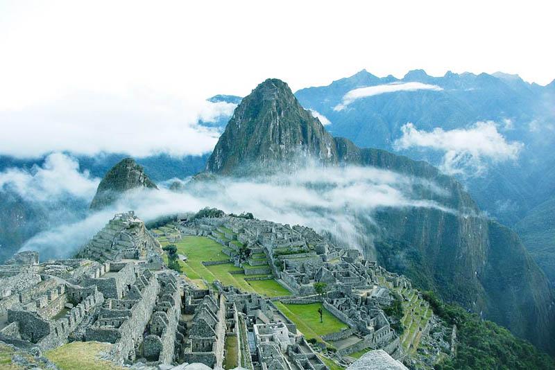 Vista de la ciudad inca de Machu Picchu