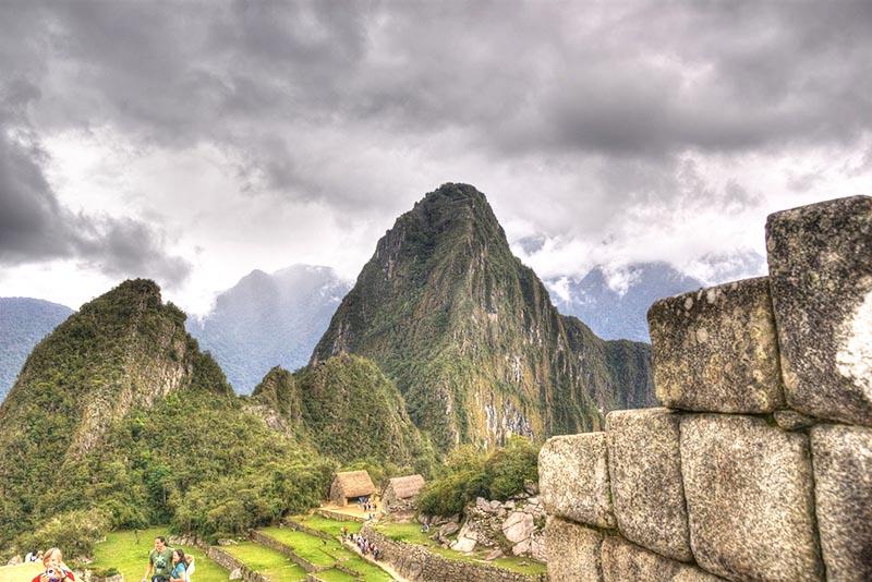 La pequeña montaña Huchuy Picchu
