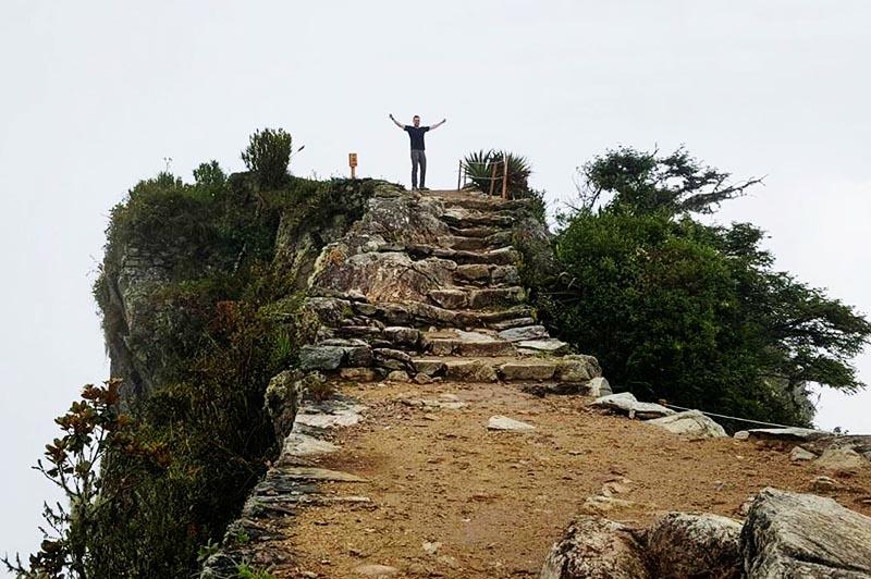 Vista de la cima de la montaña Machu Picchu