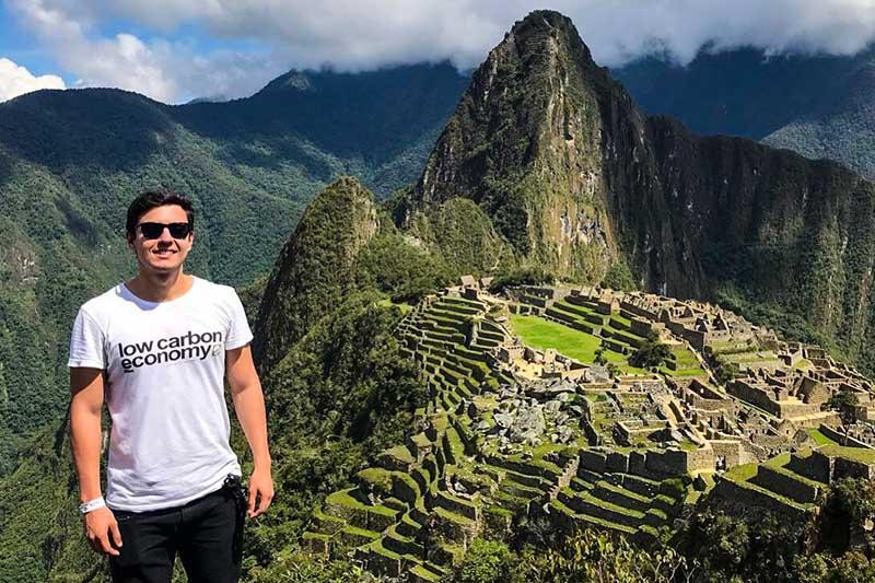 Turista em Machu Picchu