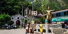 Aguas Calientes – el pueblo antes de llegar a Machu Picchu