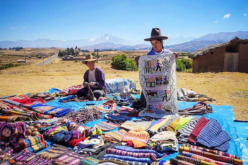 Souvenir seller in Cusco