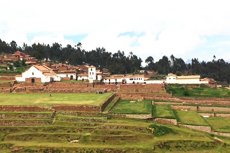 Vista del complejo Arqueológico de Chinchero