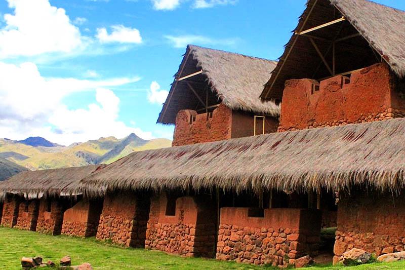 Construcciones del Recinto Arqueológico Huchuy Qosqo
