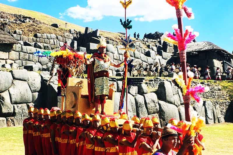 Fiesta del Inti Raymi en Sacsayhuaman