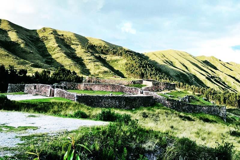 Vista de la fortaleza arqueológica de Pukapukara