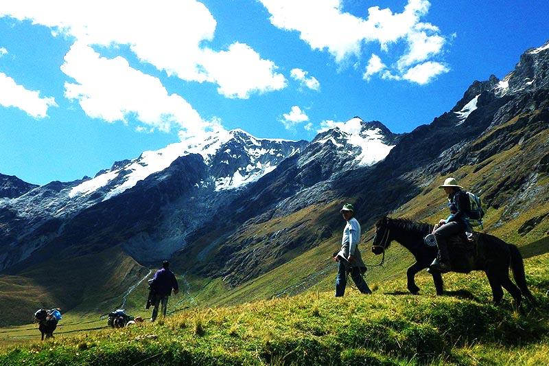 Camino a Machu Picchu atravez del Salkantay Trek