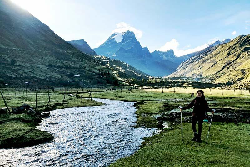 Turistas fazendo Lares Trek