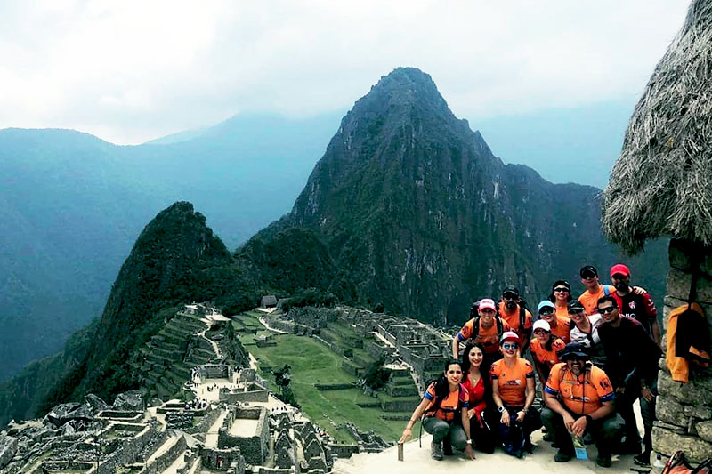 Estudiantes en Machu Picchu