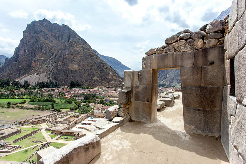 View of the Town of Ollantaytambo