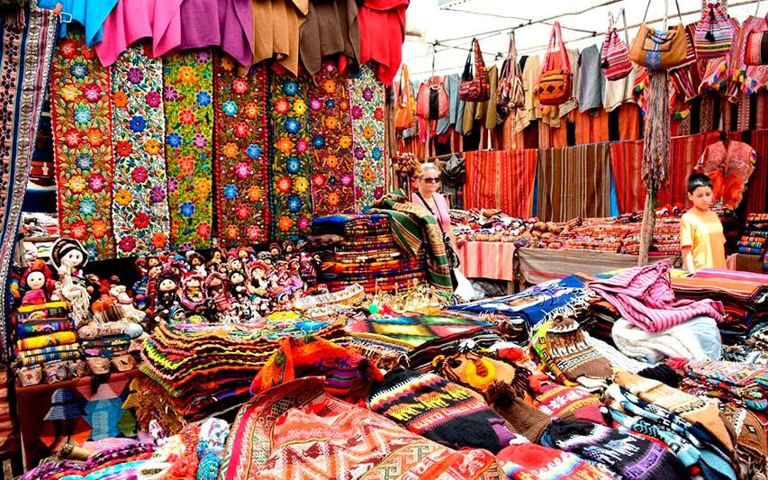 Mercado artesanal de Pisac