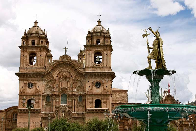 Monumento a Pachacutec - Cusco