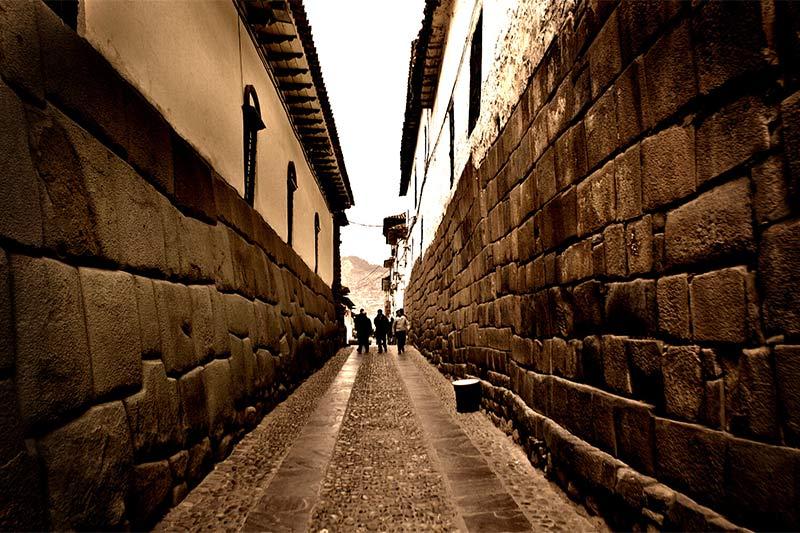 Calle Hatun Rumiyoc