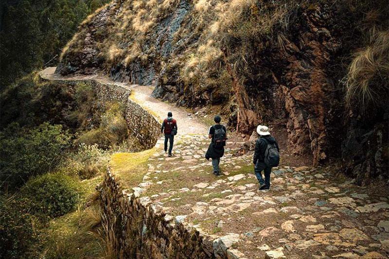 Chinchero - Urquillos